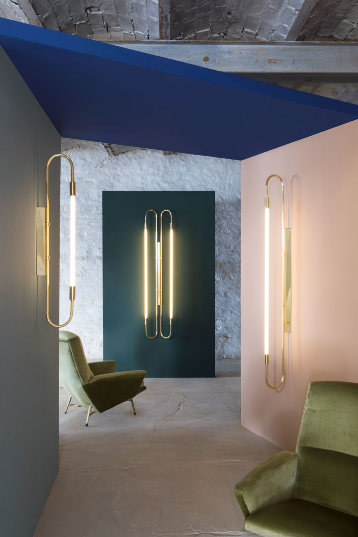 Wall lamp neon simple